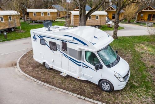 Wohnmobil mieten in Wolnzach von privat | Ahorn Ahörnchen 2019