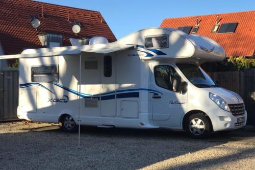 Wohnmobil mieten in Herford von privat | Renault Schusterscamper