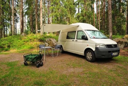 Wohnmobil mieten in Berlin von privat | Volkswagen  Weißer Riese