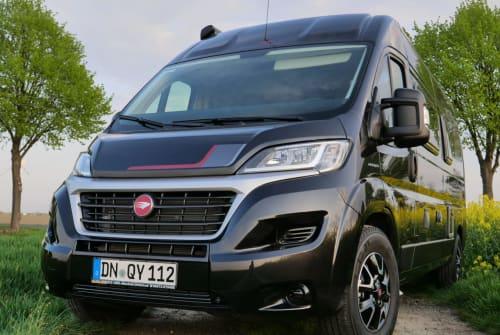 Wohnmobil mieten in Köln von privat | Roller Team WeberMobil
