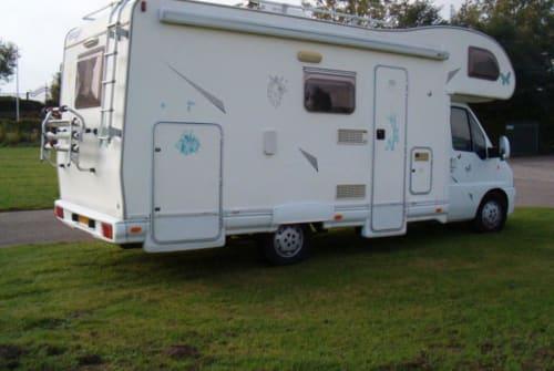 Wohnmobil mieten in Barendrecht von privat | Elnagh AD