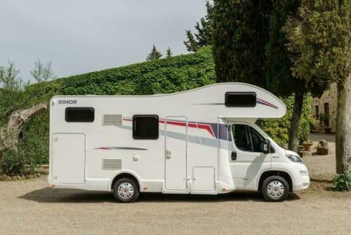Wohnmobil mieten in Königs Wusterhausen von privat | Rimor Rimor Seal8 Tom