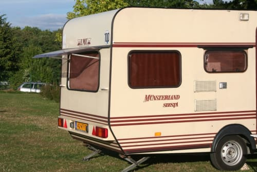 Wohnmobil mieten in Vleuten von privat | LMC  Vaste huurprijs