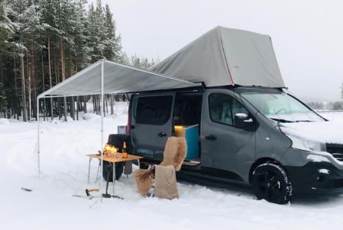 Wohnmobil mieten in Bad Oeynhausen von privat | Kompanja, Renault Hideaway Blue