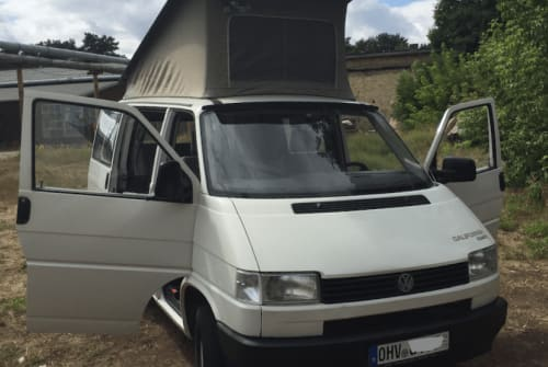 Wohnmobil mieten in Birkenwerder von privat | VW T4 Opa Cali