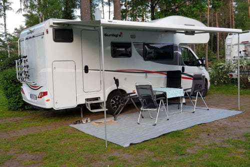 Wohnmobil mieten in Filsum von privat | Sunlight Sunny