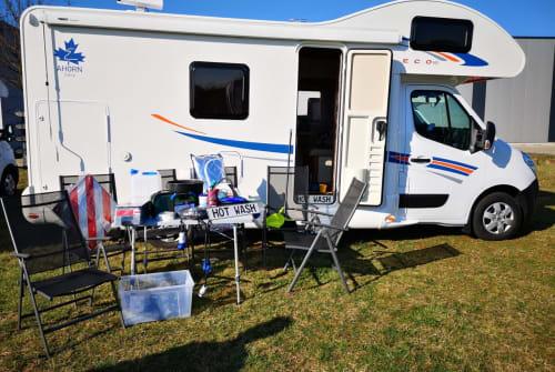Wohnmobil mieten in Hünxe von privat | Ahorn Camp AllinCamper 683