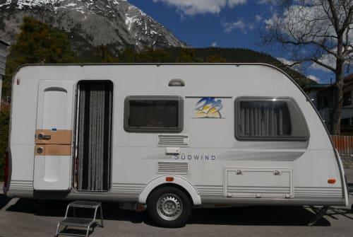 Wohnmobil mieten in Telfs von privat | Knaus Endeavour