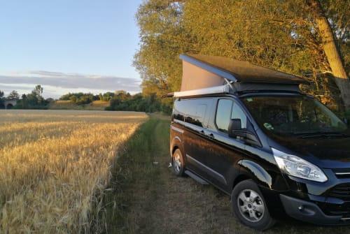 Wohnmobil mieten in Berlin von privat | Ford Transit Custom Zorro