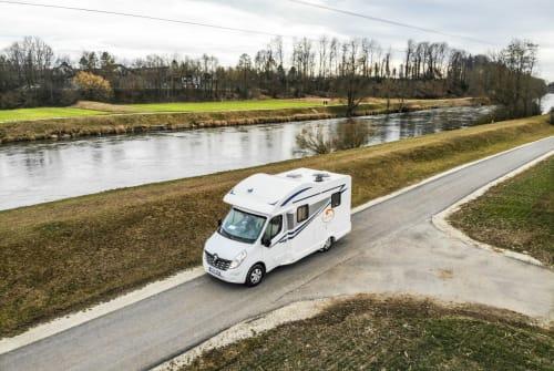Wohnmobil mieten in Esslingen am Neckar von privat | Ahorn Der Kompakte
