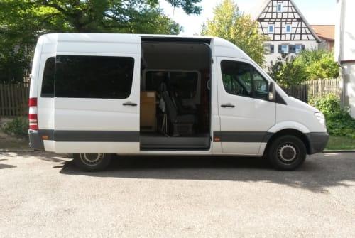Wohnmobil mieten in Wiernsheim von privat | Mercedes Sprinter Bud Spencer