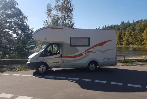 Wohnmobil mieten in Kiel von privat | Eura Mobil Scholly