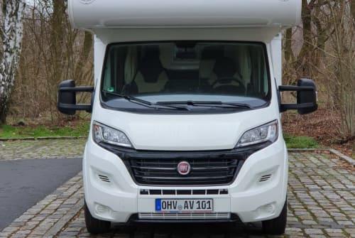 Wohnmobil mieten in Hennigsdorf von privat | Fiat XGO Sonnenschein 1