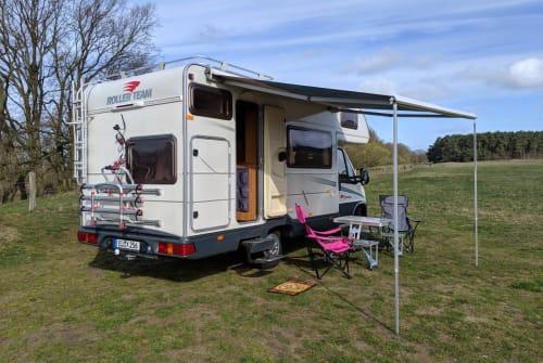 Wohnmobil mieten in Meppen von privat | Roller Team Pixel