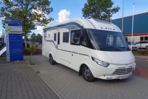 Wohnmobil mieten in Nijverdal von privat | Rapido Laika Ecovip709