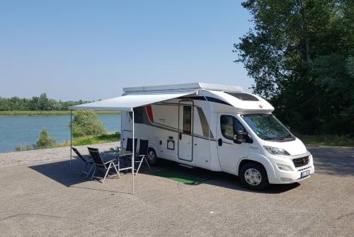 Wohnmobil mieten in Rheinau von privat | Bürstner Kosmo