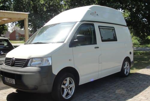 Wohnmobil mieten in Rhauderfehn von privat | VW T5  Sprotti