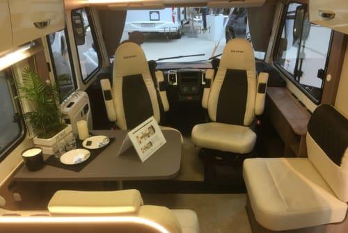 Wohnmobil mieten in Bedburg von privat | Bürstner Luxury I 728