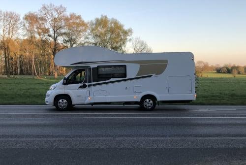 Wohnmobil mieten in Norderstedt von privat | Capron Carado mit FT