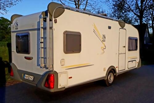 Wohnmobil mieten in Neuburg von privat | Knaus Ostseeperle