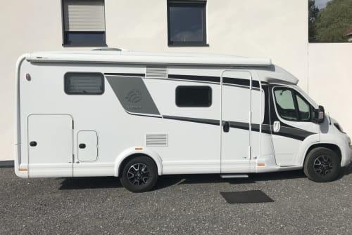 Wohnmobil mieten in Büren von privat | Knaus Traveller 1