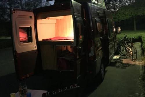 Wohnmobil mieten in Berlin von privat | Pössl Fred
