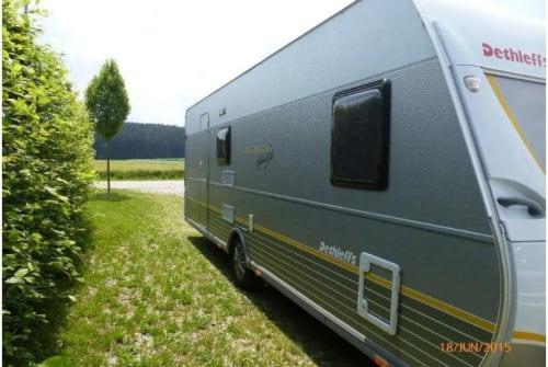 Wohnmobil mieten in Hartheim am Rhein von privat | Dethleffs Wohni