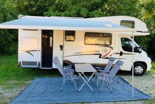 Wohnmobil mieten in Hahnbach von privat | Elnagh Baron