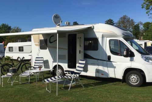 Wohnmobil mieten in Bad Arolsen von privat | Fiat Carado Fuchsbau