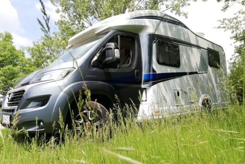 Wohnmobil mieten in Großbrembach von privat | Knaus Knaus Sky Wave