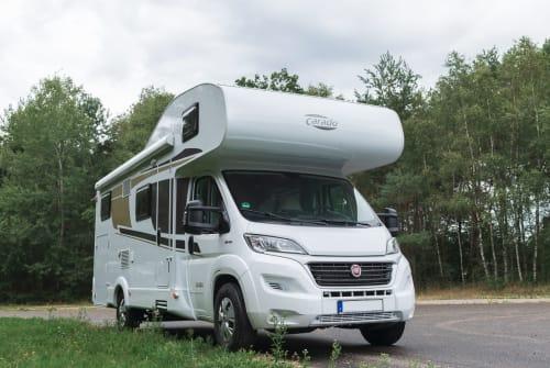Wohnmobil mieten in Düsseldorf von privat | Carado Maxi A 464 2019