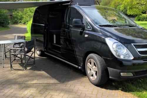 Wohnmobil mieten in Hoogeveen von privat | Hyundai Black Beauty
