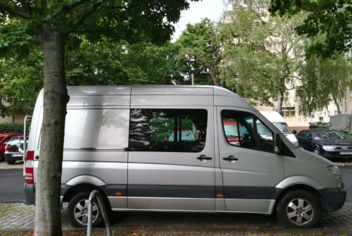 Wohnmobil mieten in Berlin von privat | Mercedes Benz Bollito