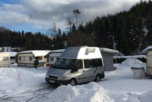 Wohnmobil mieten in Frankfurt am Main von privat | Ford  Fox