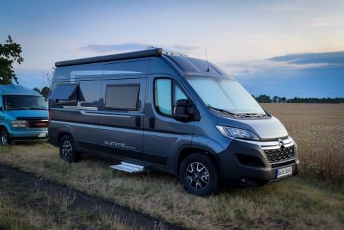 Wohnmobil mieten in Berlin von privat | Globecar Summisito