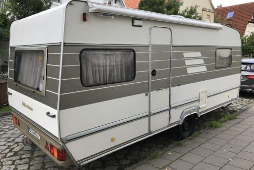 Wohnmobil mieten in Stralsund von privat | Hymer  Elise