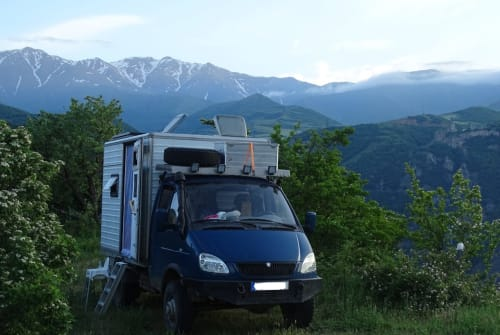 Wohnmobil mieten in Leipzig von privat | GAZ Die Gazelle
