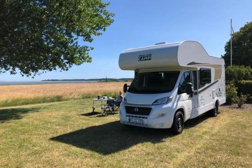 Wohnmobil mieten in Tornesch von privat | Carado WOW-mobil
