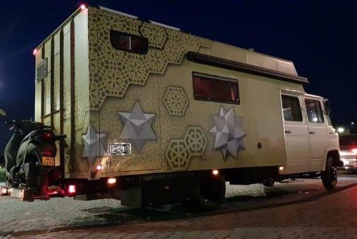 Wohnmobil mieten in Tilburg von privat   Mercedes  FreedomOnWheels