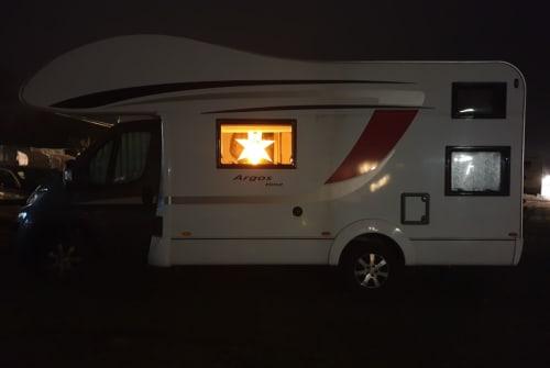 Wohnmobil mieten in Langelsheim von privat | Büstner Argos A 660 T&T