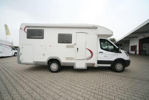 Wohnmobil mieten in Hückeswagen von privat | Ford Roller Team Zeit für uns !