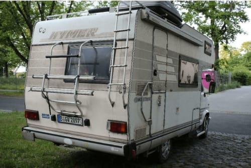 Wohnmobil mieten in Berlin von privat | Hymer  Lumpi