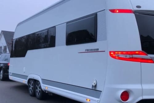 Wohnmobil mieten in Greifswald von privat | Hobby Dicke Berta