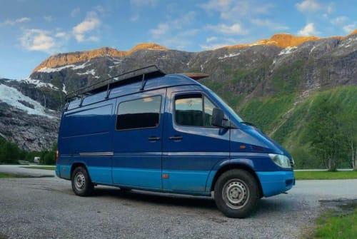 Wohnmobil mieten in Gaanderen von privat | Mercedes  Ruby