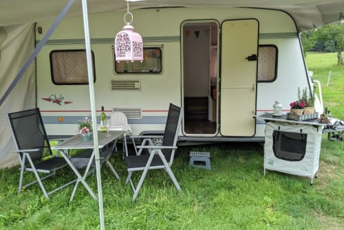 Wohnmobil mieten in Unterkirnach von privat | Bürstner   Villa Grün