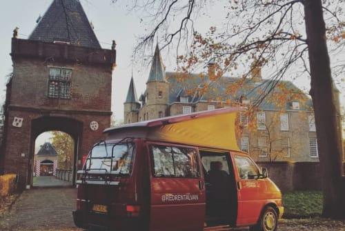 Wohnmobil mieten in Utrecht von privat | VW REDRENTALVAN