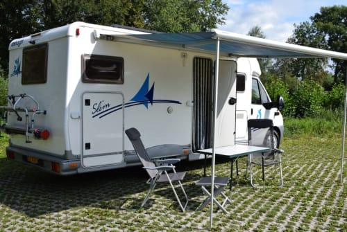 Wohnmobil mieten in Zwolle von privat | Elnagh Slim