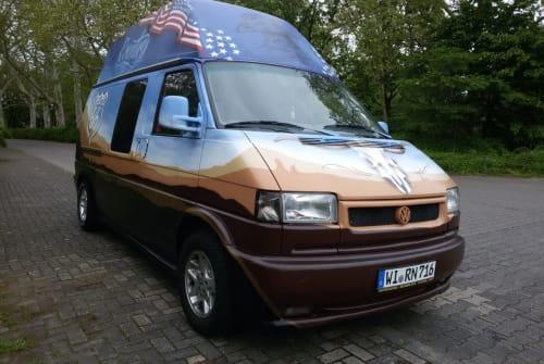 Wohnmobil mieten in Wiesbaden von privat | VW Monsterchen