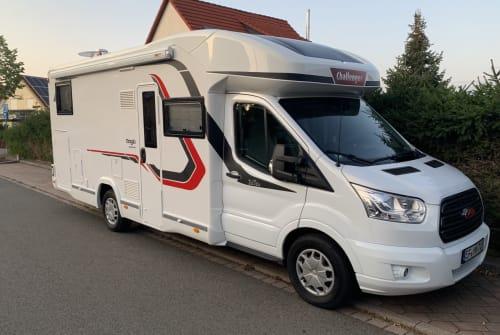 Wohnmobil mieten in Erfurt von privat | Challenger  Franz