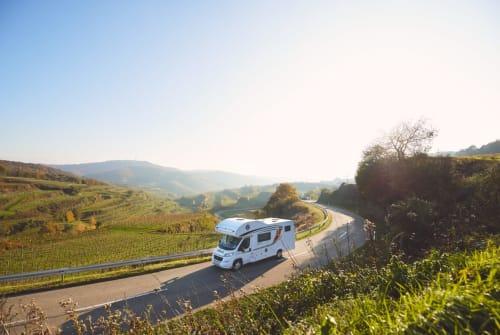 Wohnmobil mieten in Frankenthal von privat | Bürstner Luxuskutsche